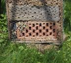 Fertiges Insektenhotel